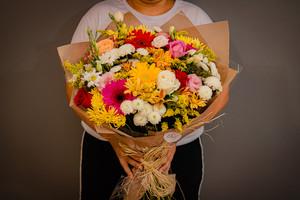 Buquê de Flores Mistas G