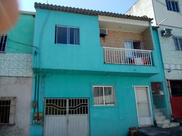 Prédio com duas Casas em Novo Horizonte