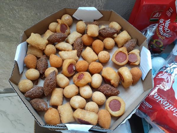 Salgadinho fritos 100 unid