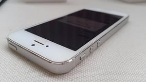 Troca de Tela e Película de Vidro de Celular Iphone 5 e 5s